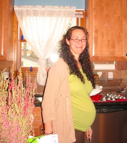 Rebecca Pine 8 months pregnant